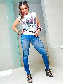 Black Jeans Pics